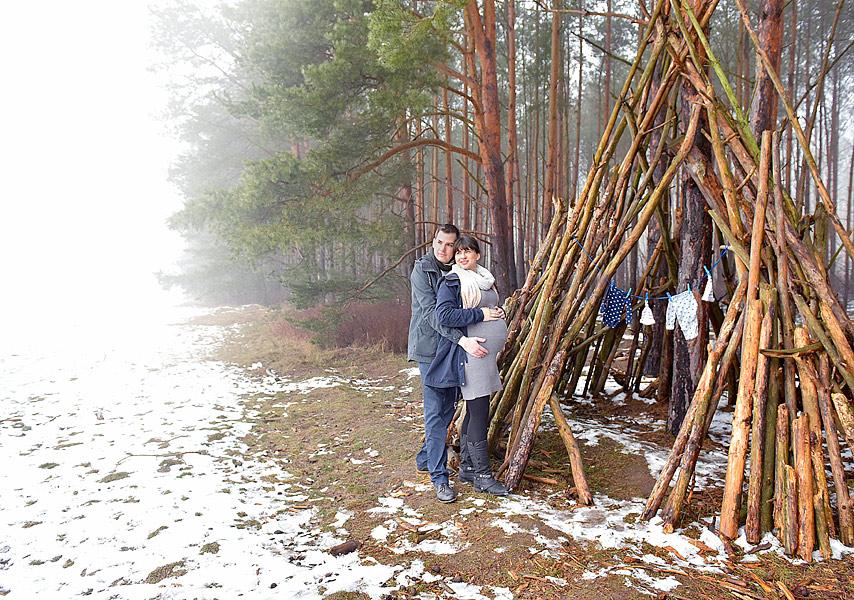 Babybauchfotos schwanger fotoshooting berlin familienfotograf berlin babybauchfotoshooting fotoshooting schwagerschaft natürliche schwangerenfotos berlin draußen studio fotostudio, schwangerschaftsfotos zuhause machen lassen, ideen für babybauchfotos