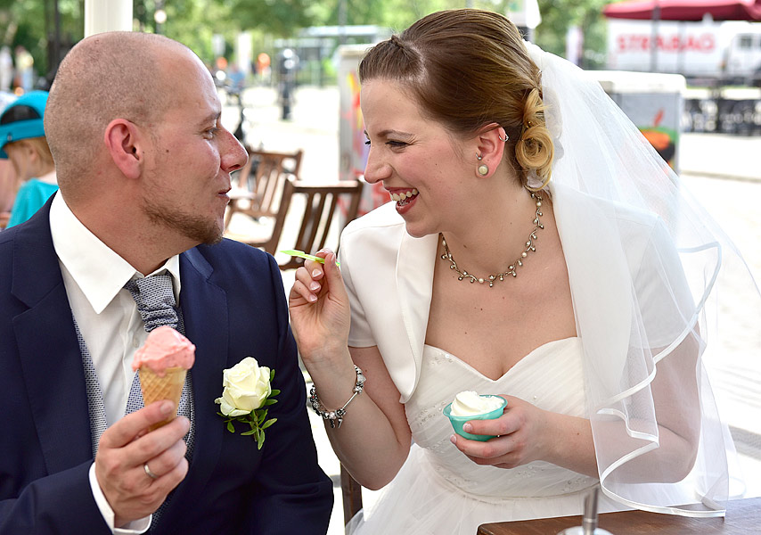 romantische hochzeitsfotos berlin am schloss koepenick - ideen lustige hochzeitsfotos, brautpaarshooting hochzeitsfotograf berlin