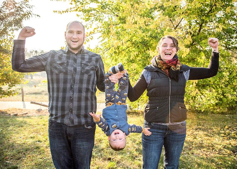 fotograf berlin, fotoshooting im wald, familienbilder, familienfotografin, mobiles fotoshooting