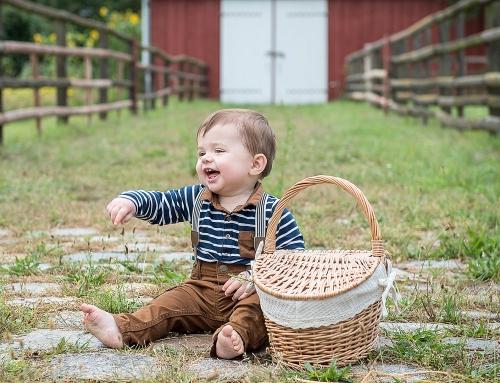 Natürliche Kinderfotos im Herbst | Fotoshooting in der Natur